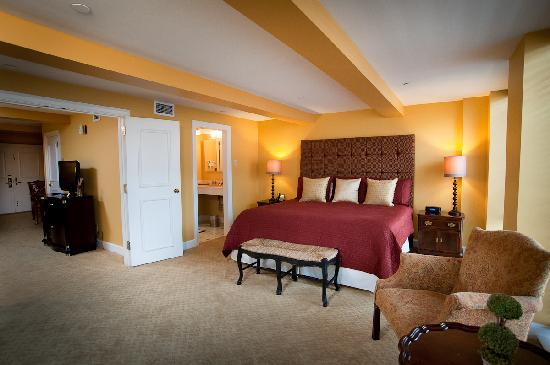 Indoor Heated Salt Water Pool And Jacuzzi Picture Of The Remington Suite Hotel And Spa