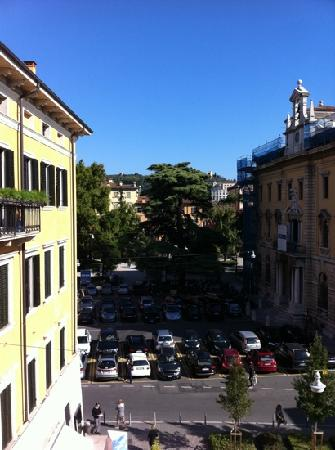B&B Casapiu Piazza Erbe: view from our bedroom window!