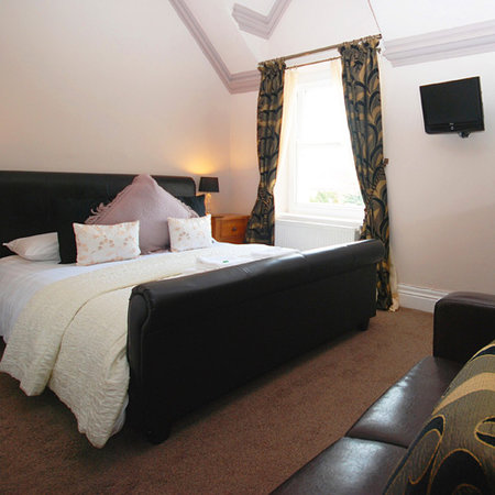 The Clontarf Hotel: Superior double room
