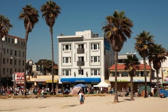 Venice Beach Suites & Hotel: VBS & H from the sand.