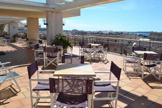 Club Maintenon: terrasse