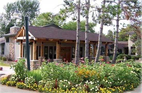 Riverwood Inn and Conference Center