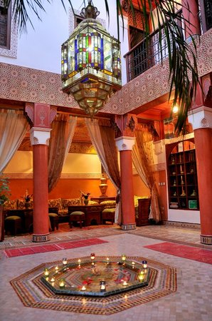 Riad Lila: patio