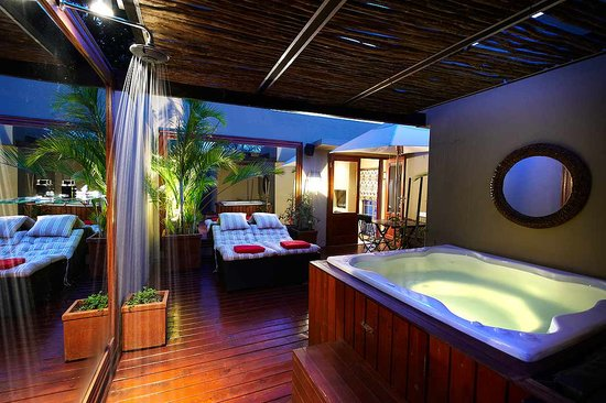 The Residence Boutique Hotel: Premier Suite with jacuzzi
