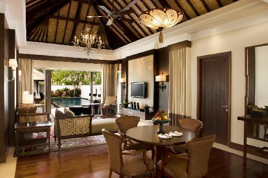 The Laguna, a Luxury Collection Resort & Spa: Residential Villa Living Room Overlooking Private Pool