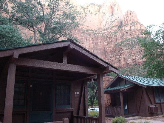 Cabin 524 picture of zion lodge zion national park for Cabin zion national park