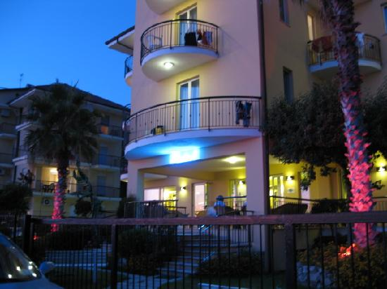 Photo of Lion's Hotel Falerna