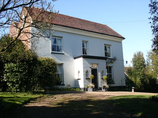 Dux Court B&B