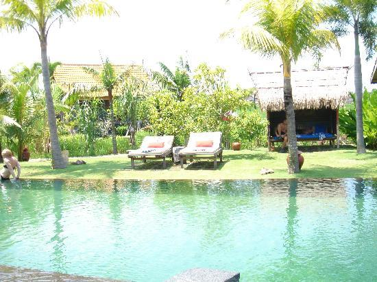 Desa Seni, A Village Resort: プール