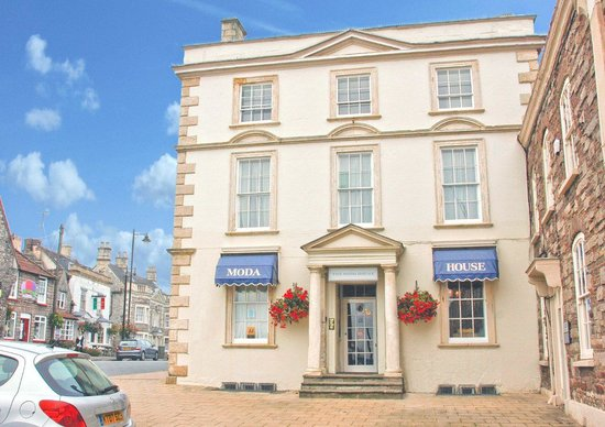 Photo of Moda House Chipping Sodbury