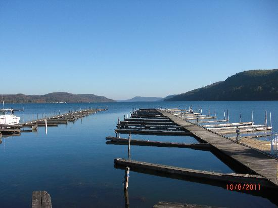 Lake Front Hotel: From my doorstep ........