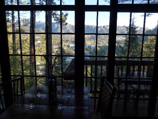 Historic Crags at the Golden Eagle Resort: The view from the restaurant (and private 2-top table balcony)
