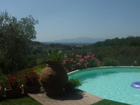 Fattoria Le Poggiola: am Pool