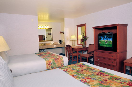 BEST WESTERN Lamplighter Inn & Suites at SDSU