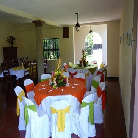Quetzal Playa: Dining room