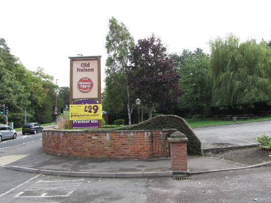 Premier Inn Stroud: Bar-Restaurant/Hotel sign from street