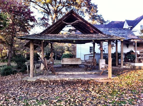 Seventy-four Ranch: Beautiful Grounds
