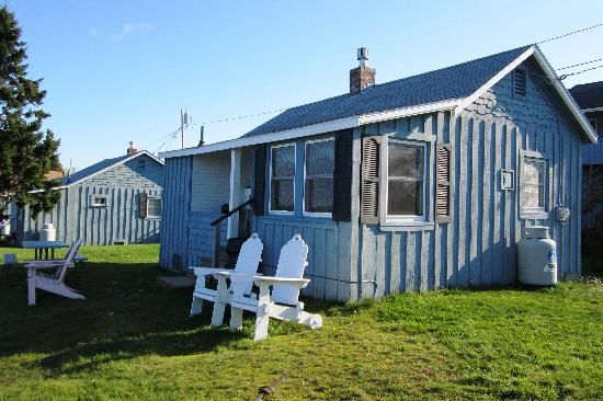 Sea Escape Cottages: One of the other cottages