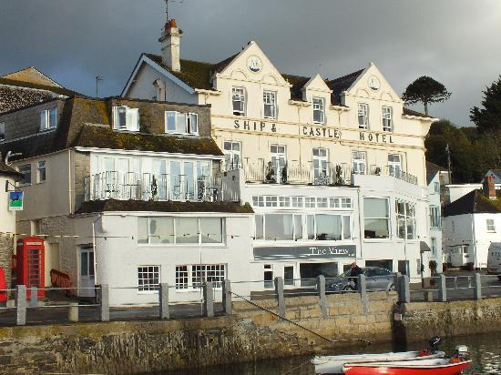 The Ship and Castle Hotel: from the Harbour