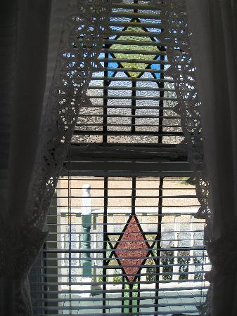 Blowing Rock Victorian Inn: Stained Glass Windows