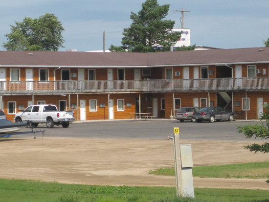 Americas Best Inn & Suites Alexandria, MN