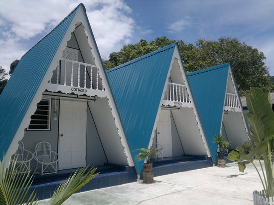 Nipah Guesthouse: A-Frame Cottage