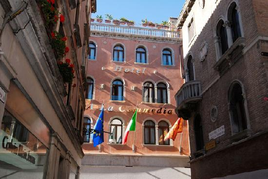 Photo of Hotel a La Commedia Venice