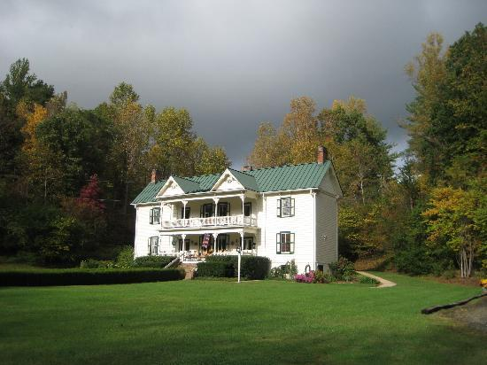 Mountain Rose Inn: The Inn