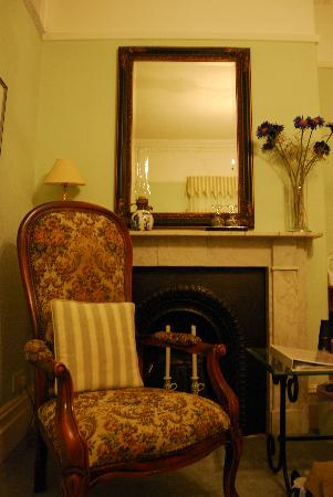 Beckford House: fireplace in the room