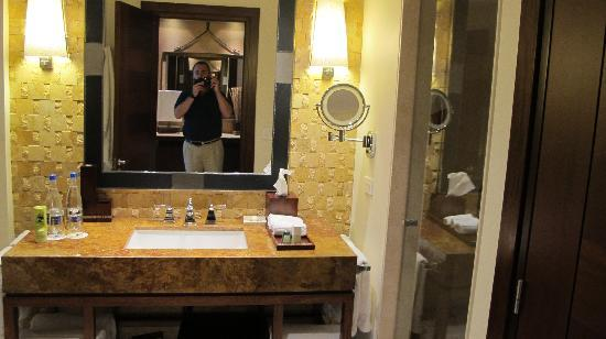 JW Marriott Hotel Bogota: bathroom