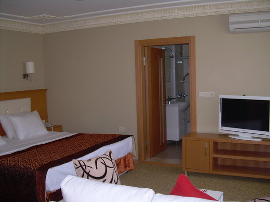 Taya Hatun Hotel