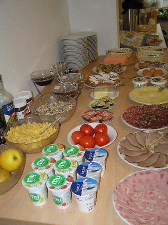 Turizem Loka: buffet breakfast