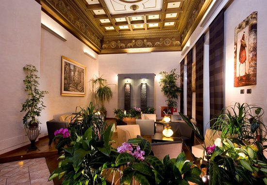 Nuovo Hotel Quattro Fontane: Lobby