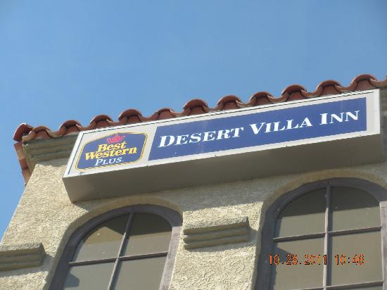 Barstow, Californie : Outdoor Signage
