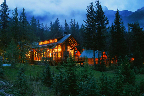 cathedral mountain lodge picture of cathedral mountain. Black Bedroom Furniture Sets. Home Design Ideas