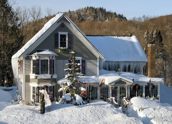 Phineas Swann Bed and Breakfast Inn: Winter at the Phineas Swann