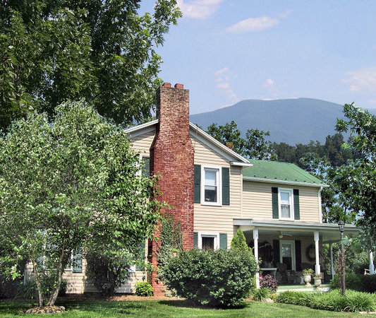 Photo of Piney Hill Bed & Breakfast Luray