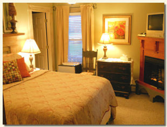 Piney Hill Bed & Breakfast: Walter Rogers room