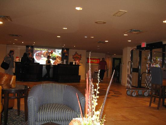 Algoma's Water Tower Inn & Suites: Lobby