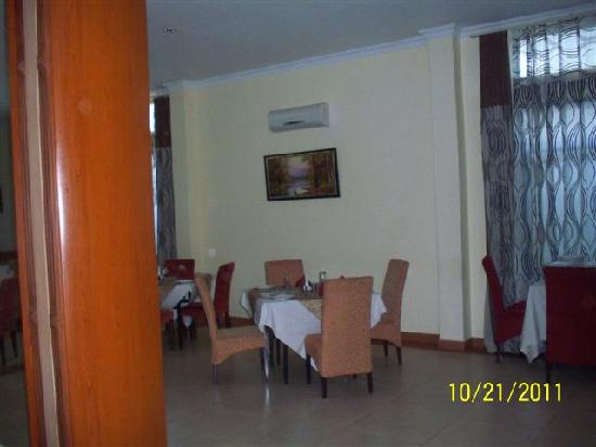Silver Palm Hotel: The dining area