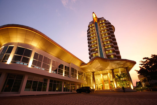 Viva Garden Serviced Residence: Hotel Exterior