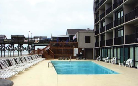 Garden City Beach, Carolina Selatan: Pool view, looking south