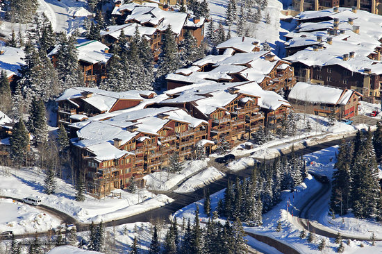 Black Bear Lodge Condos: Black Bear Lodge - Deer Valley, UT - Winter Exterior