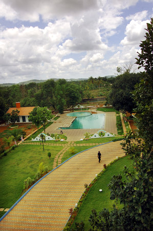 Pandits Health Resort & Spa
