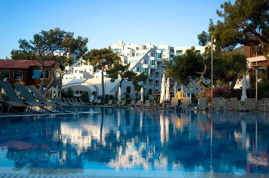 Rixos Sungate Hotel
