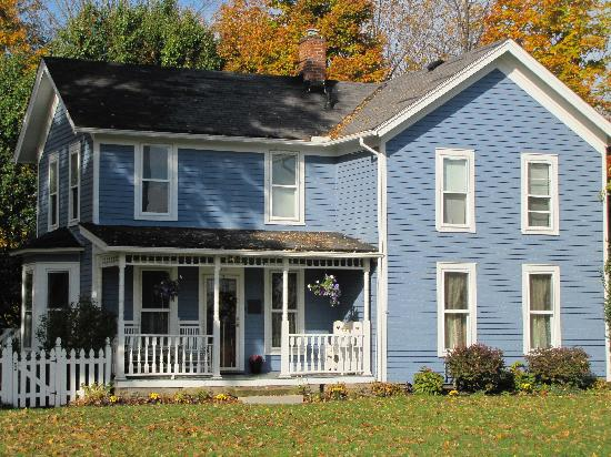 5 Corners Bed & Breakfast: Perfection in the fall