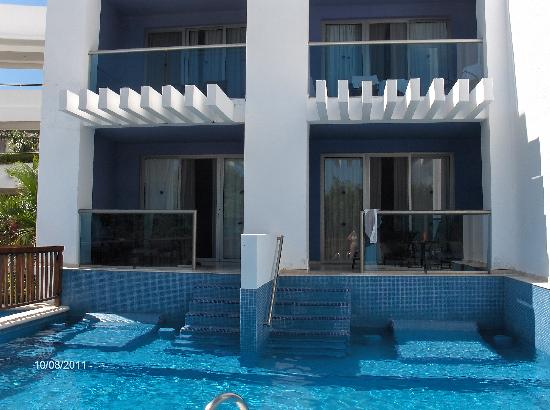 Swim Up Rooms Picture Of Grand Riviera Princess All