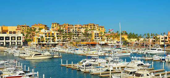 Marina Fiesta Resort & Spa: Great Location at the Marina Golden Zone