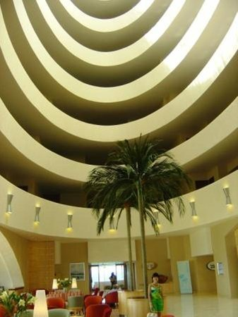Plettenberg Bay, Sydafrika: Beacon Island&#39;s Impressive Foyer