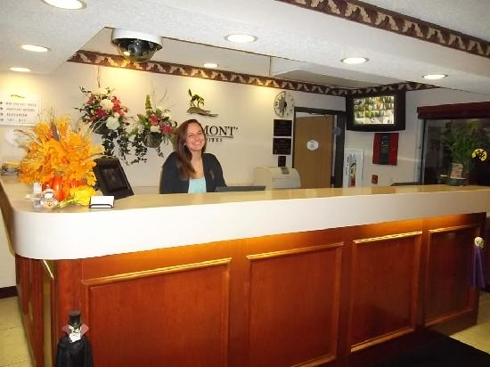 Baymont Inn and Suites Concord/Mentor: Friendly Front Desk Staff